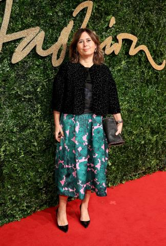 Alexandra_Shulman_OBE_attends_the_British_Fashion_Awards_2015%2C_in_partnership_with_Swarovski_%28Mike_Marsland%2C_British_Fashion_Council%29.JPG