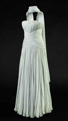 Diana_17_Catherine_Walker%2C_blue_chiffon_%60Grace_Kelly%60_dress_c_HRP.jpg