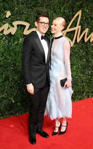 Erdem_Moralioglu_%26_Kate_Bosworth_attend_the_British_Fashion_Awards_2015%2C_in_partnership_with_Swarovski_%28Mike_Marsland%2C_British_Fashion_Council%29.JPG