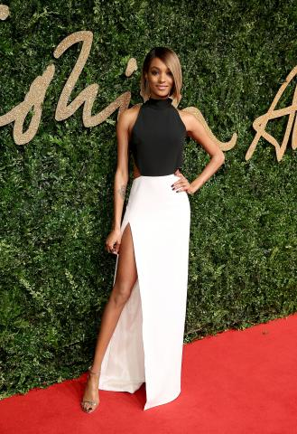 Jourdan_Dunn_attends_the_British_Fashion_Awards_2015%2C_in_partnership_with_Swarovski_%28Mike_Marsland%2C_British_Fashion_Council%29%282%29.JPG