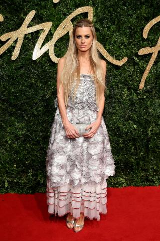 Laura_Bailey_attends_the_British_Fashion_Awards_2015%2C_in_partnership_with_Swarovski_%28Mike_Marsland%2C_British_Fashion_Council%29.JPG