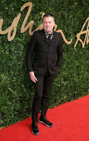 Markus_Lupfer_attends_the_British_Fashion_Awards_2015%2C_in_partnership_with_Swarovski_%28Mike_Marsland%2C_British_Fashion_Council%29.JPG