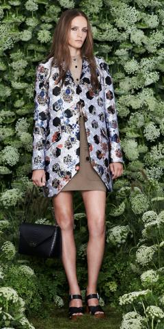 Mulberry_SS15_Look_01.jpg
