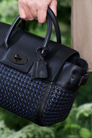 Mulberry_SS15_Mini-Bayswater-Buckle-detail.jpg