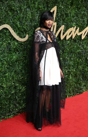 Naomi_Campbell_attends_the_British_Fashion_Awards_2015%2C_in_partnership_with_Swarovski_%28Mike_Marsland%2C_British_Fashion_Council%29.JPG