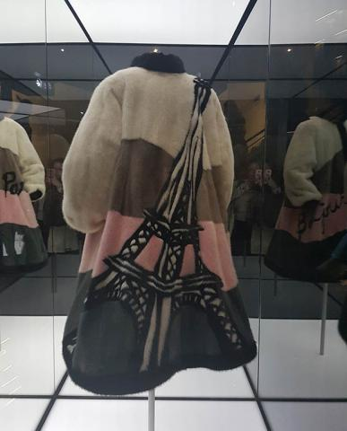 Paris_Dior_Autumn_17_39.jpg