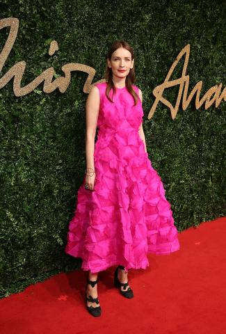 Roksanda_Ilincic_attends_the_British_Fashion_Awards_2015%2C_in_partnership_with_Swarovski_%28Mike_Marsland%2C_British_Fashion_Council%29.JPG