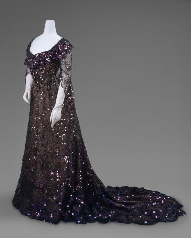 The_Met_2014_6._Evening_Dress%2C_1902.jpg