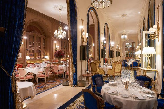 decor_ritz_paris_V2.fashionImg.hi.jpg