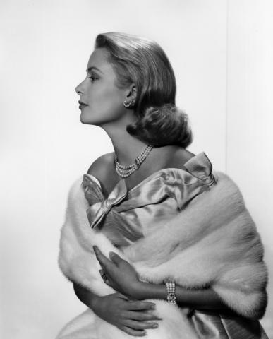 grace_kelly_engagement_set_keystone_1956.jpg